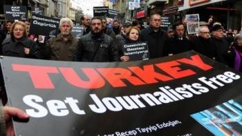 سجن الصحفيين بتركيا