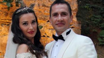 لاعب كرة القدم وزوجته