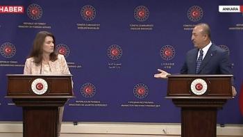 المؤتمر الصحفي لجاويش أوغلو وآنا ليندا
