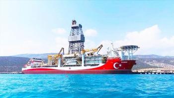 سفينة «قانوني» التركية