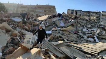 إثار زلزال مدينة إزمير