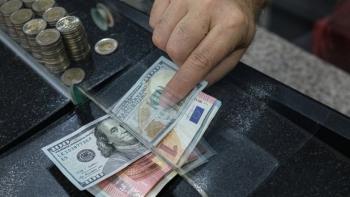 الدولار واليورو يسجلان قفزة جديدة امام الليرة