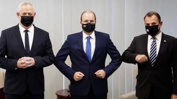 وزراء دفاع اليونان وقبرص وإسرائيل