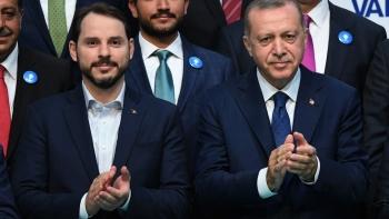 أردوغان وبيرات البيرق