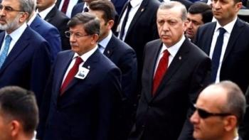 داوود اوغلو وأردوغان