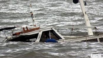 غرق قارب قبالة سواحل ليبيا