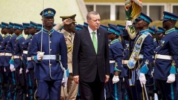 أردوغان في العاصمة الغانية أكرا - مارس 2016