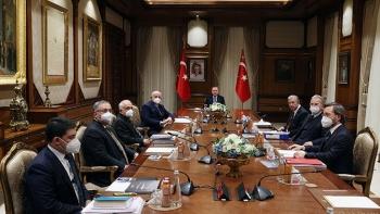اجتماع أردوغان مع المجلس الاستشاري