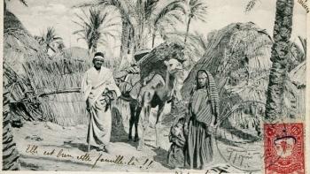 صورة فوتوغرافية لليبيين فوق طابع بريدي مؤرخ بالعام 1907