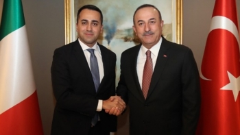 وزير الخارجية التركي ونظيره الإيطالي