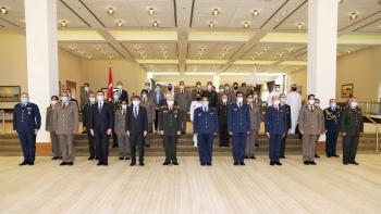 اجتماع القادة العسكريين القطرينن والأتراك