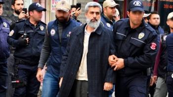 الشرطة التركية وألب أرسلان