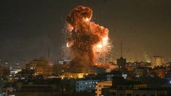 الغارات على غزة