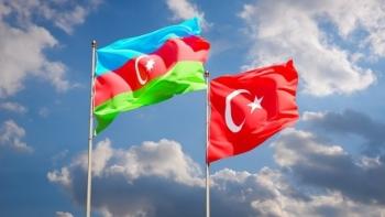 علما تركيا وأذربيجان