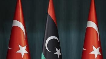 وفد تركي يزور ليبيا