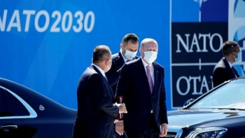 أردوغان يصل مقر الناتو