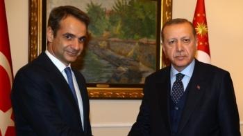 الرئيس رجب طيب أردوغان التقى رئيس الوزراء اليوناني كرياكوس ميتسوتاكيس