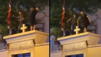 الترقص على كنيسة في اسطنبول