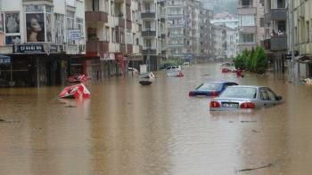 المياه تغمر مدينة ريزا