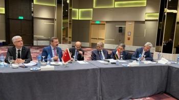 رئيس الغرف التجارية المصرية  ونظيره التركي