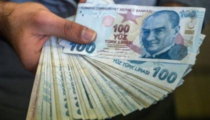 زلزال يضرب الاقتصاد التركي بعد انسحاب الاستثمارات السعودية والإماراتية