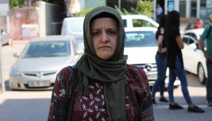 أمهات يحتججن بسبب اعتقال أبنائهن في سجون أردوغان