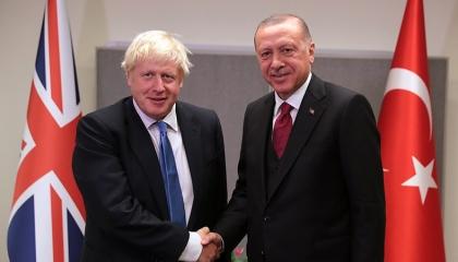 أردوغان يلتقي رئيس الوزراء البريطاني