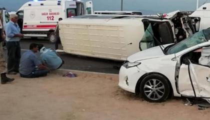 مصرع اثنين وإصابة 16 في تصادم حافلة عمال مع سيارة بمالطيا