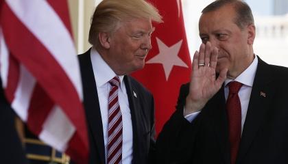 هل تورط أردوغان في «فضيحة ترامب»؟.. مطالبات بالكشف عن محادثات الرئيسين