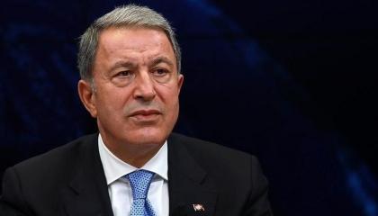 وزير الدفاع التركي يعترف: أمريكا لا تعيرنا اهتمامًا بشأن المنطقة الآمنة