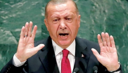 أردوغان والسلطة توأم ملتصق.. انهيار شعبيته يدفعه لتغيير نسبة الفوز بالرئاسة