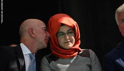 أحضان وقبلات على جثة خاشقجي.. «شلة أردوغان» تتاجر بقميص الصحفي السعودي