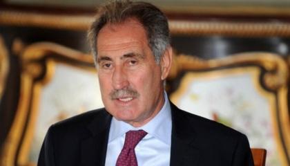 وزير تركي سابق يكشف عن تهرب أبناء قيادات حزب أردوغان من الجيش