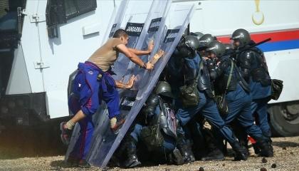 الشرطة القطرية تتلقى تدريبات «فض الشغب» في معاهد القوات الخاصة التركية