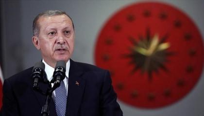 بالفيديو.. أردوغان يهين العرب: الصحراء الأنسب لهم