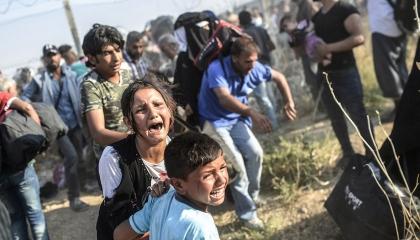 بعد ابتزازات أردوغان.. اتحاد دولي يُدعم اللاجئين السوريين في تركيا