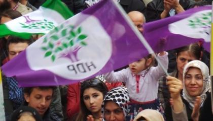 بالفيديو.. نائب تركي: أردوغان أغلق منافذ الاحتجاجات السلمية