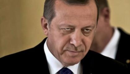 أردوغان: الأكراد لم ينسحبوا من الحدود وأمريكا تنظم دوريات مع «الوحدات»