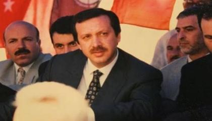 بالفيديو.. «أردوغان 1994» يصف «أردوغان 2019»: «غير مخلص وغير صادق»