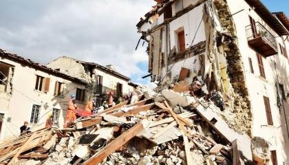 زلزال بقوة 3.7 ريختر موغلا التركية بساحل البحر المتوسط