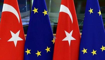 الاتحاد الأوروبي يمنع 1.2 مليار يورو عن تركيا بسبب انتهاكات حقوق الإنسان