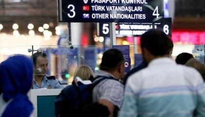 غير مسرورين بإدارة أردوغان.. 137 ألف تركي يفرون من بلادهم في عام واحد
