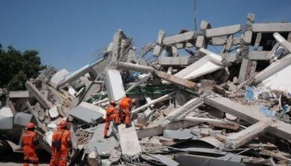 زلزالان متعاقبان يضربان المنطقة الحدودية بين تركيا وإيران