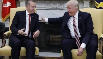 قبل لقائه ترامب.. أردوغان يحمل أمريكا مسؤولية انتهاك أنقرة للهدنة في سوريا