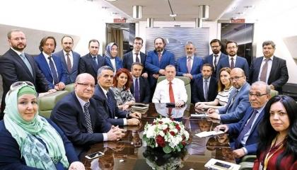 من يدفع لـ«صحفيي الطائرة» تكاليف مرافقتهم لأردوغان في رحلاته الخارجية؟