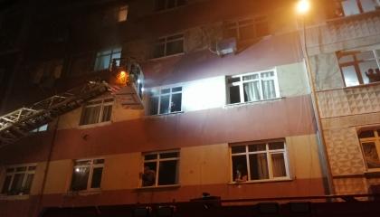 حوادث تركيا.. الأهالي ينقذون سكان مبنى احترق نتيجة ماس كهربائي