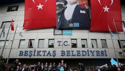بلدية تركية يديرها حزب الشعب الجمهوري تدشن حملة للتوعية بحيوانات الشوارع