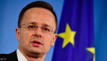المجر تهدد: قواتنا الدفاعية جاهزة للانتشار حال سماح تركيا بتدفق المهاجرين