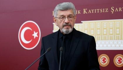 نائب تركي: مليونا ضحية لقرارت الفصل من العمل و17 ألف سيدة بسجون أردوغان