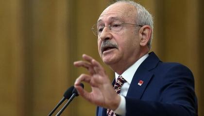 زعيم المعارضة التركية يحذر من الانهيار: أصبحنا نقترض لسداد الفوائد القديمة